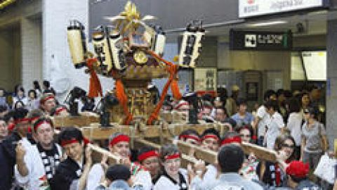お店のすぐ裏!熊野神社のお祭り!
